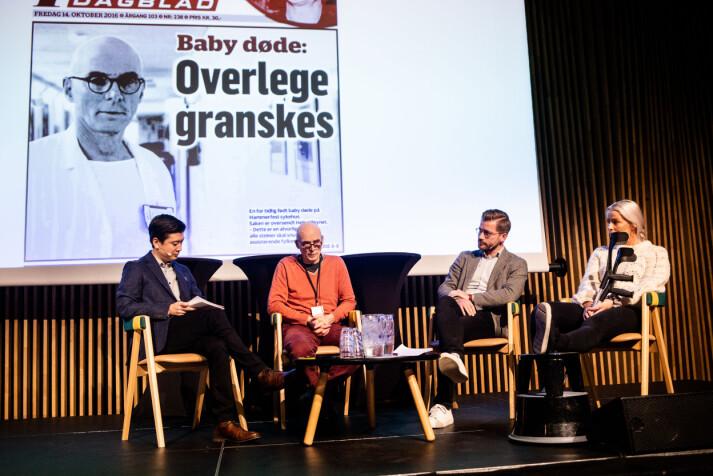 Arnt Johannessen, Sveinung Rotevatn og Sofie Bakkemyr intervjues på scenen av Derek Andre Bjølgerud. Foto: Eskil Wie Furunes