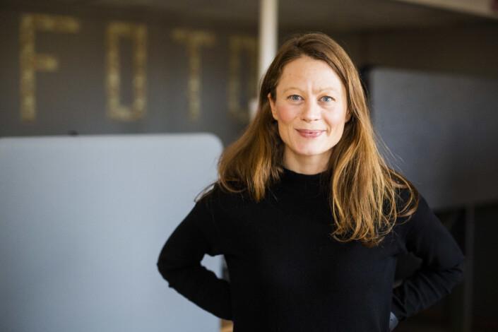 Klassekampens fotosjef Anniken Mohr mener mange kvinner ikke holder ut frilanstilværelsen, og at det er et problem i bransjen. Foto: Kristine Lindebø