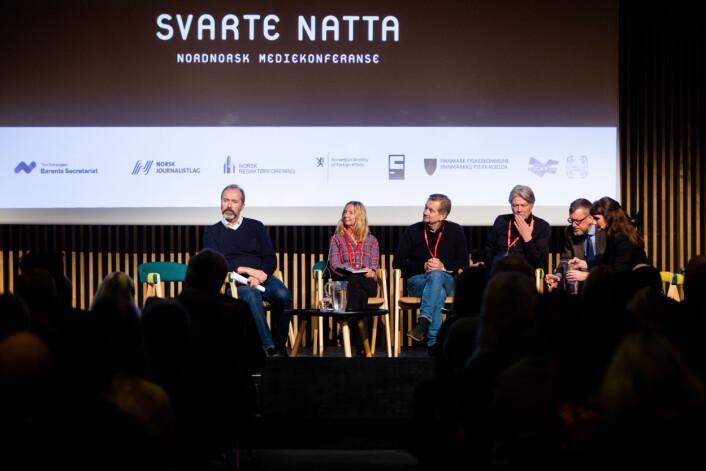 Fra venstre: TV 2s Elin Sørsdahl, mediekritiker Trygve Aas Olsen, Nettavisens Erik Stephansen og DNs Kjetil Bragli Alstadheim.