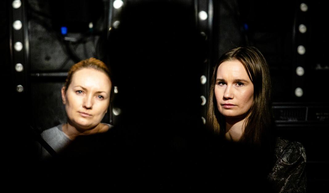 Altså-redaktør Ida Eliassen-Coker og Giske-varsler Sunniva Andreassen under samtale om metoo og Trond Giske på Bastard Bar i Tromsø. Alle foto: Eskil Wie Furunes