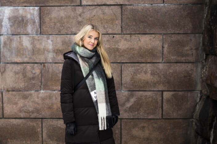 Cicilie S. Andersen mener hun kan se på et fotografi om en kvinne har tatt det. Foto: Kristine Lindebø