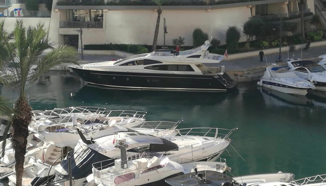 Forretningsmannen Yorgen Fenech ble pågrepet på yachten sin da han var i ferd med å forlate havnen i Portomaso tidlig onsdag morgen.