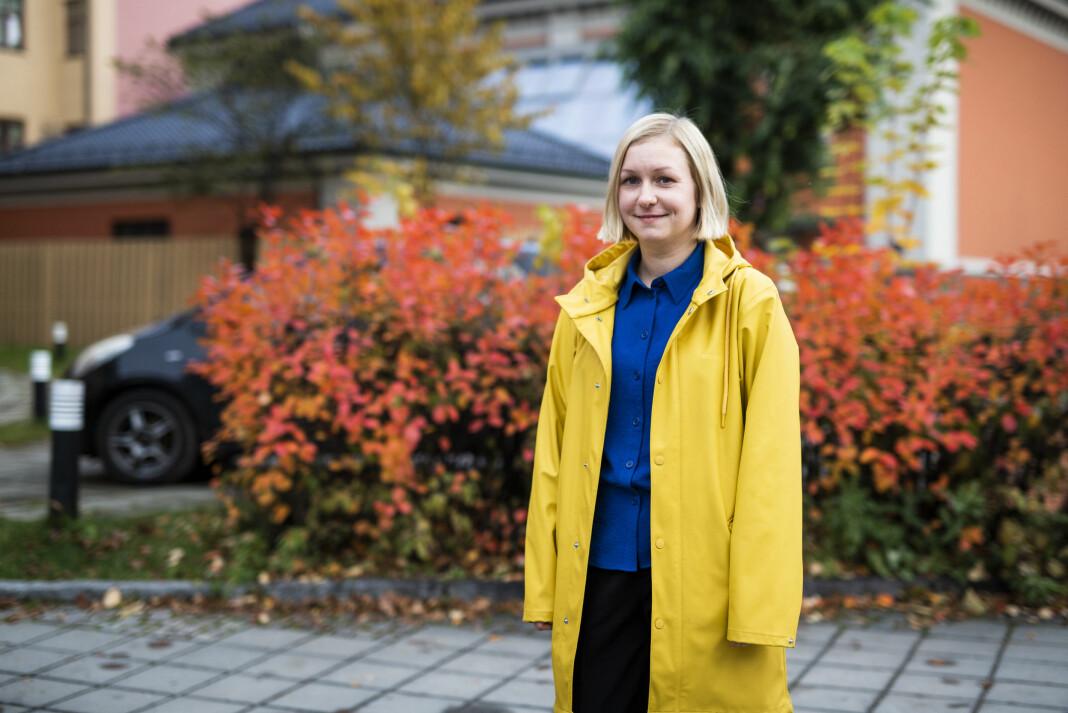 Frilansjournalist Ida Alvsen har spesialisert seg i konstruktiv journalistikk, både i jobben og i en mastergrad ved Nord universitet. Foto: Kristine Lindebø