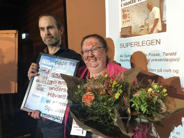 Synnøve Skeie Fosse og Tarald Reinholt Aas vant for årets sak. Foto: Knut Knudsen Eigeland / Hustri