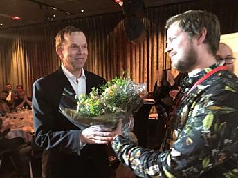 Årets foto-vinner Tormod Flem Vegge (til venstre) og jurymedlem Sondre Lindhagen Nilssen. Foto: Knut Knudsen Eigeland / Hustri