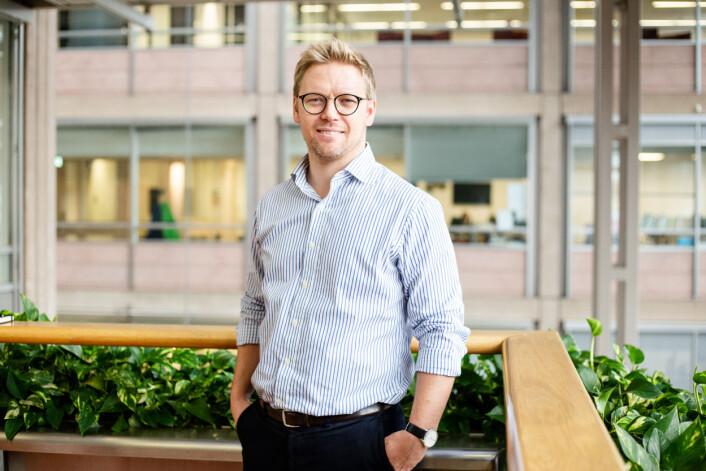 Utviklingsredaktør Eirik Hammersmark Winsnes avslører at Aftenposten nå tjener penger på podkast-satsingen.