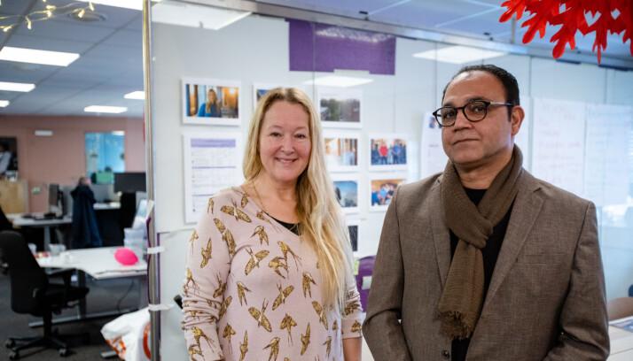 Cathrine Wik og Nader Izadpanah i «Helene sjekker inn»-redaksjonen. Foto: Nils Martin Silvola