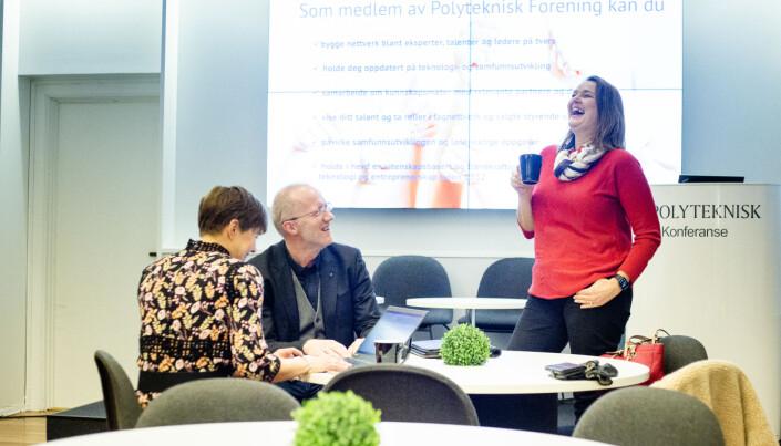 Hege Iren Frantzen ler godt sammen med Arne Jensen og Ina Lindahl Nyrud i forkant av presentasjonen.