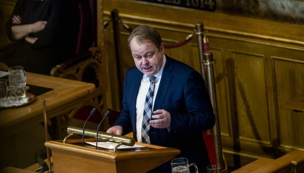 Erlend Wiborg leder stortingets arbeids- og sosialkomité for Frp.