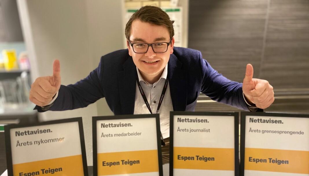 Espen Teigen har jobbet i Nettavisen i ganske nøyaktig ett år. I dag tok han med seg en rekke interne priser. Foto: Lars Wærstad / Nettavisen