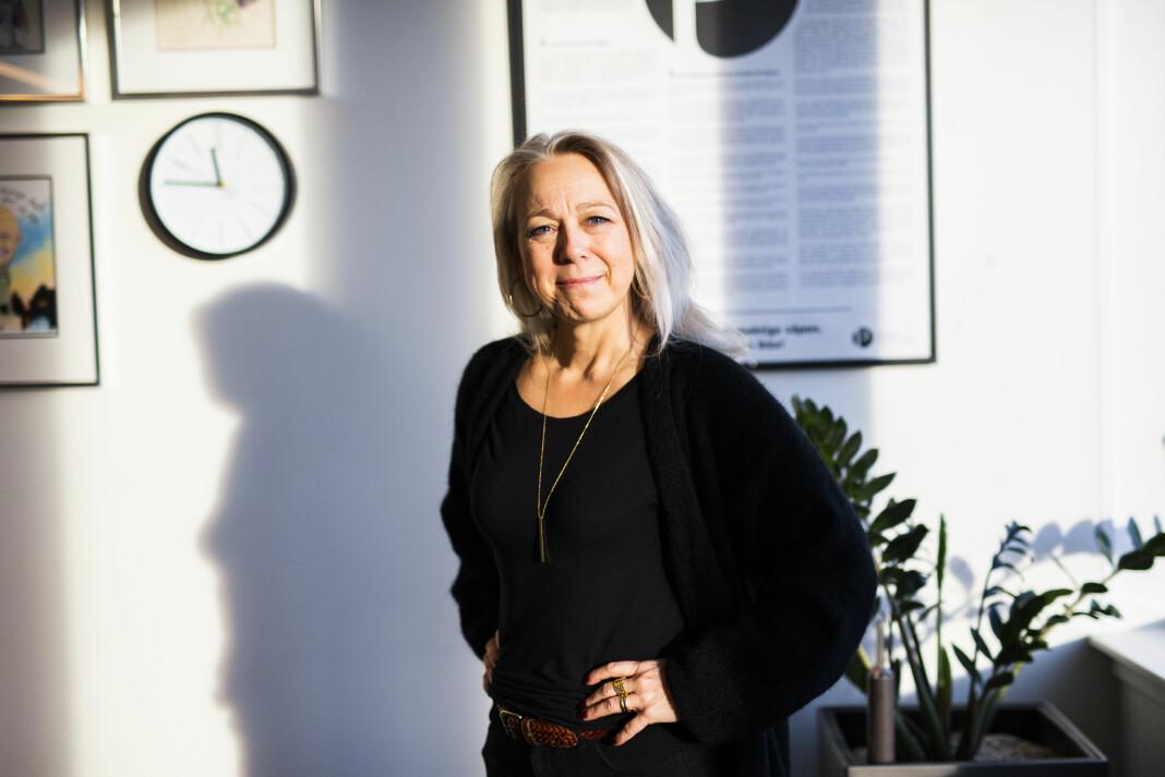 Hilde Tretterud, sekretariatsleder i Norsk Journalistlag, beklager at medlemmer mottar fakturaer for flere måneders medlemskap. Foto: Kristine Lindebø