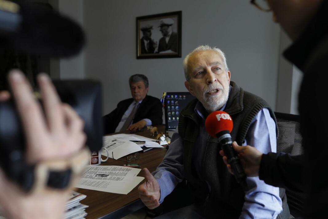 – Det er ingen beviser eller vitner mot oss, sa spaltist Emin Colasan i retten,