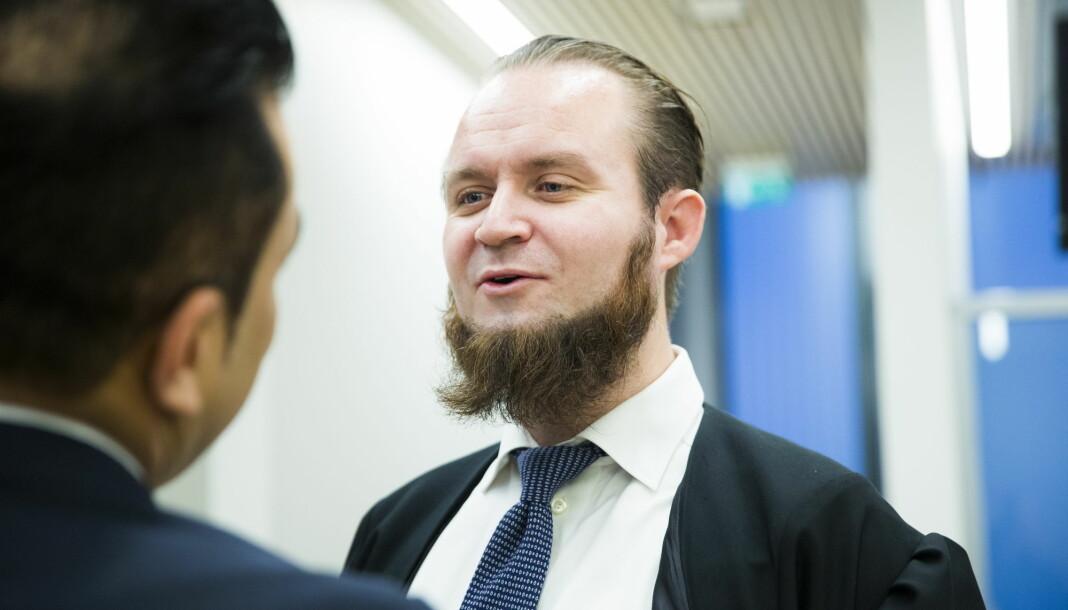 – Vi skal besvare de spørsmål offentligheten har krav på kunnskaper om, sier advokat Nils Christian Nordhus.