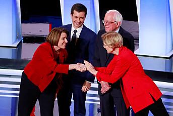 New York Times støtter Warren og Klobuchar