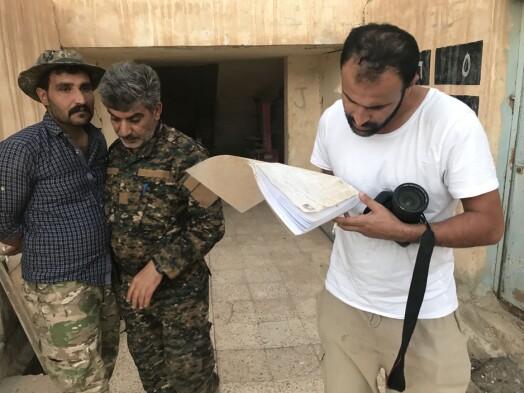 Afshin Ismaeli På jobb i Shaddadi i Syria i 2018.