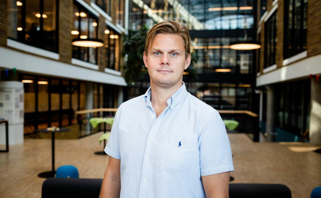 Adresseavisen mister sin profilerte gravejournalist Jonas Alsaker Vikan til E24.