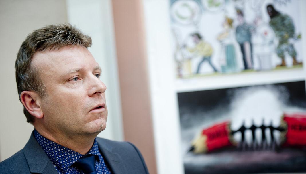Dagen-redaktør Vebjørn Selbekk kårer Norges styggeste kirke. Det er det ikke alle som er like glade for. – Gravalvorlig, humørløst og litt elitistisk, svarer Selbekk på kritikken.