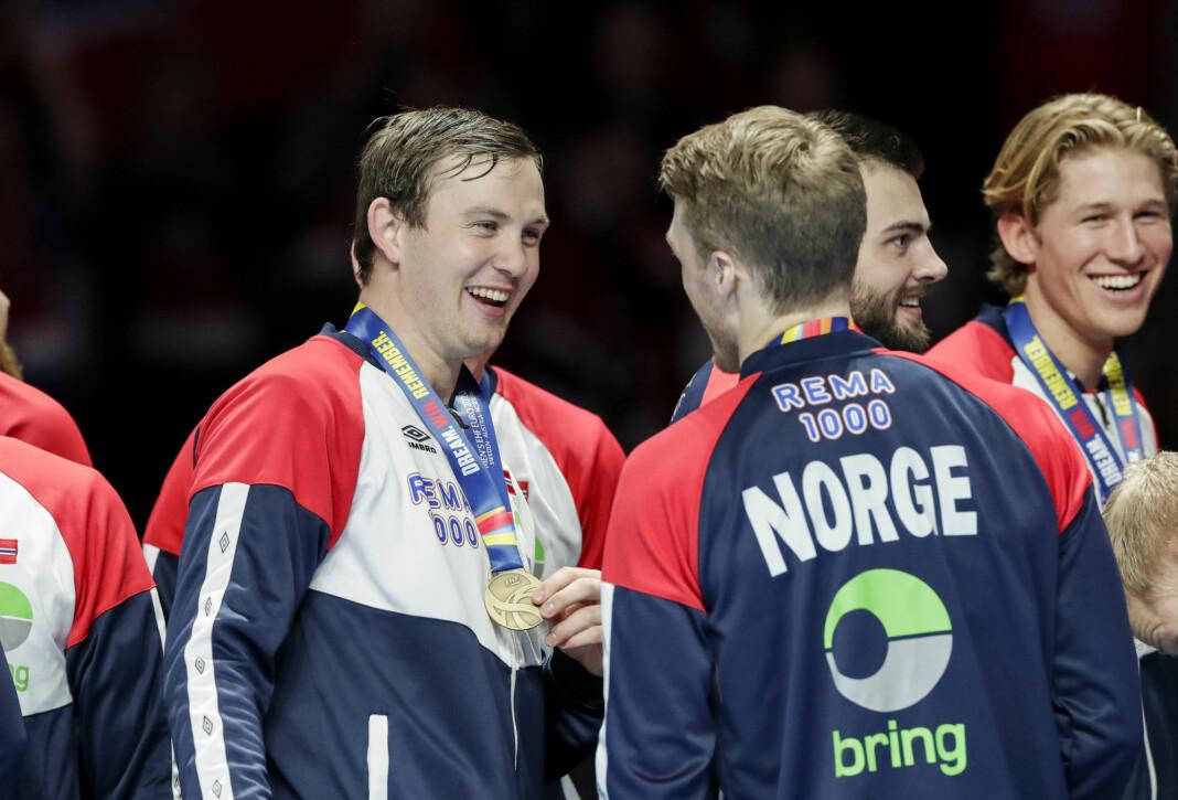 Sander Sagosen og William Aar med EM-bronsen. Det ble også gode seertall for EM.