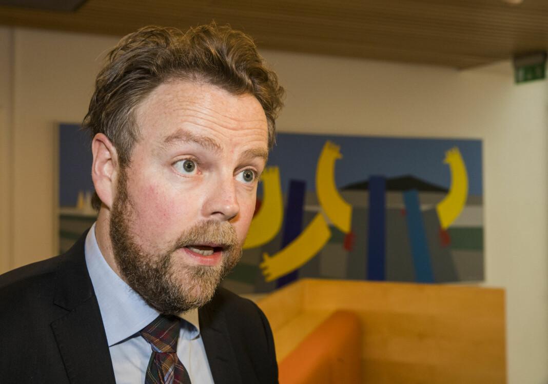 Torbjørn Røe Isaksen, fersk arbeids- og sosialminister, er positiv til funn i undersøkelse av seksuelltrakassering blant NJ-medlemmer.