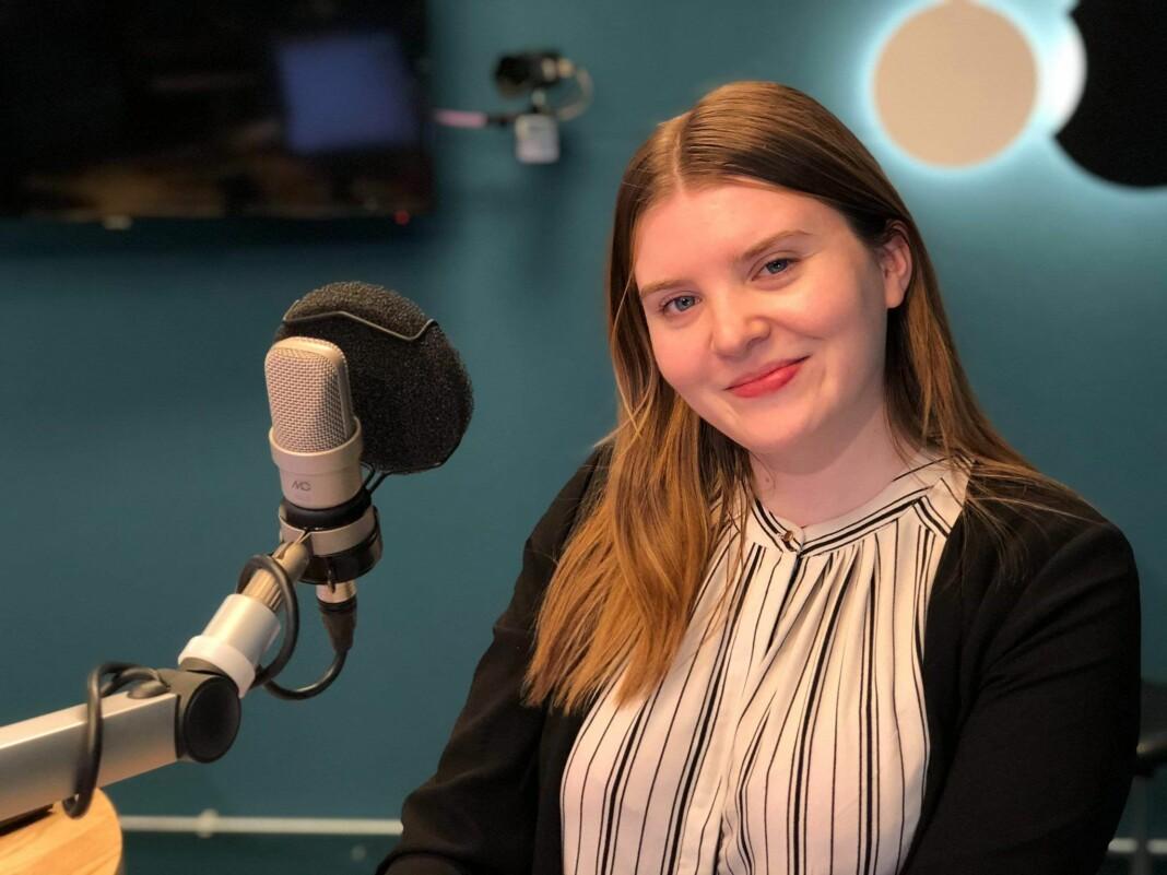 Elise Kvien blir programleder for God Morgon, Sogn og Fjordane. Det er hun ganske stolt over.