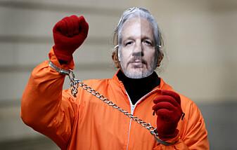 Advarer om Storbritannias behandling av Assange