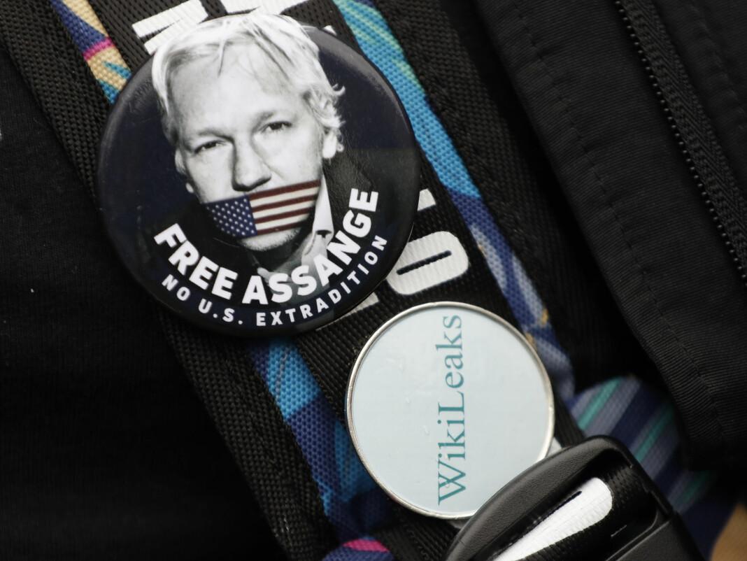 Woolwich Crown Court i London skal mandag ta stilling til USAs begjæring om utlevering av WikiLeaks-grunnleggeren Julian Assange.