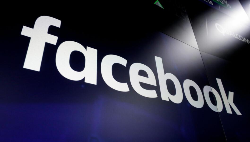 Annonse-boikotten mot Facebook fortsetter. Over 900 selskaper, inkludert Coca-Cola og Adidas, har sluttet seg til kampanjen.