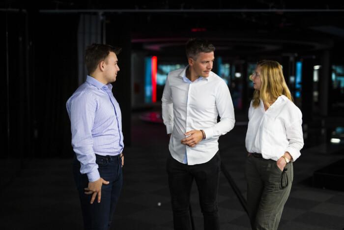 Skup-aktuelle Mads Fremstad, Kenneth Fossheim og Elin Sørsdahl i TV 2 synes det var krevende å granske et annet mediehus, men også viktig.