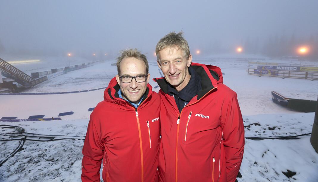 Andreas Stabrun Smith og Ola Lunde har kommentert skiskyting for NRK i mange år. Her fra sesongåpninga i skiskyting på Sjusjøen i 2014.