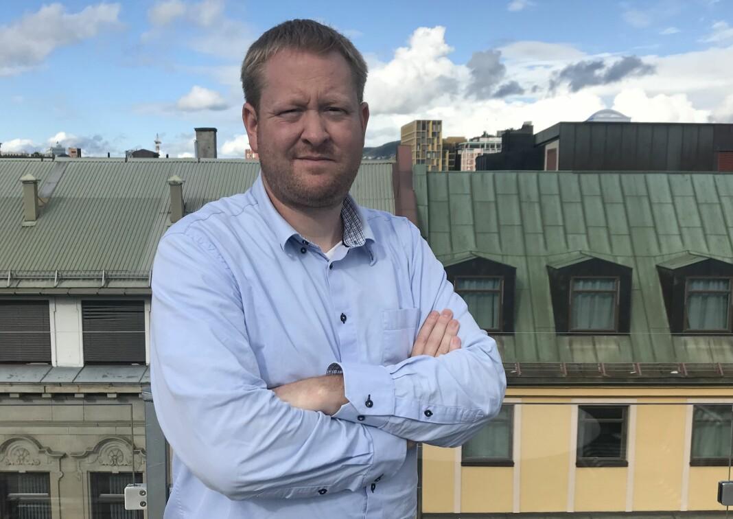 Styreleder Øystein Øygarden i Landslaget for lokalaviser har tirsdag ettermiddag avlyst årets landsmøtet.