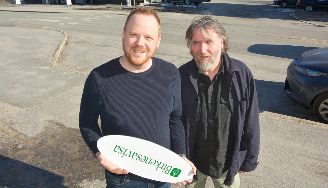 Geir Willy Haugen (t.v.) og Sigbjørn Tveite i Birkenesavisa