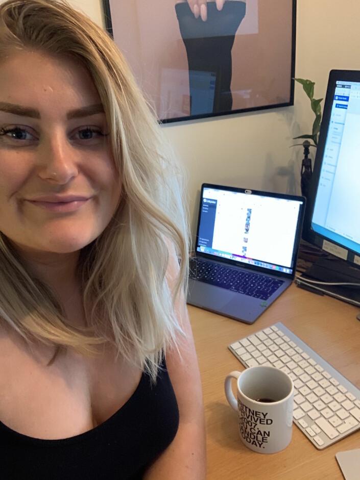 – Blir jo en annerledes hverdag med hjemmekontor, skriver sosiale medier-ansvarlig i KK, Mina Helene Knudsen, til Journalisten.