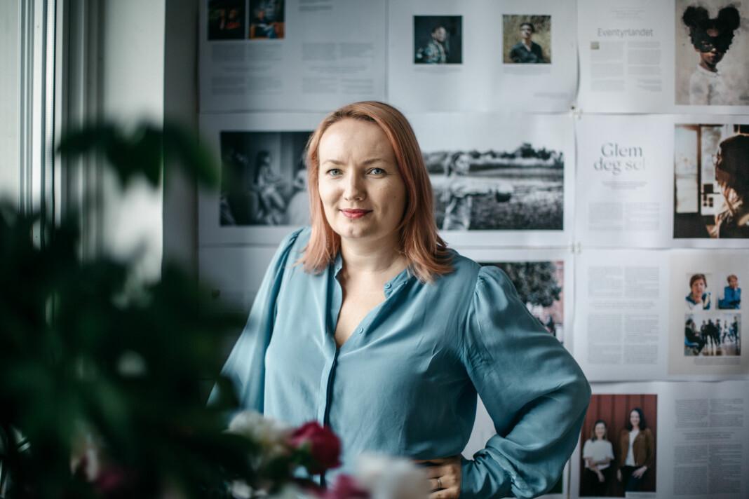 Ida Eliassen-Coker i Altså ser lyst på framtida til magasinet. Uten annonser har de heller ingen annonsører å miste.