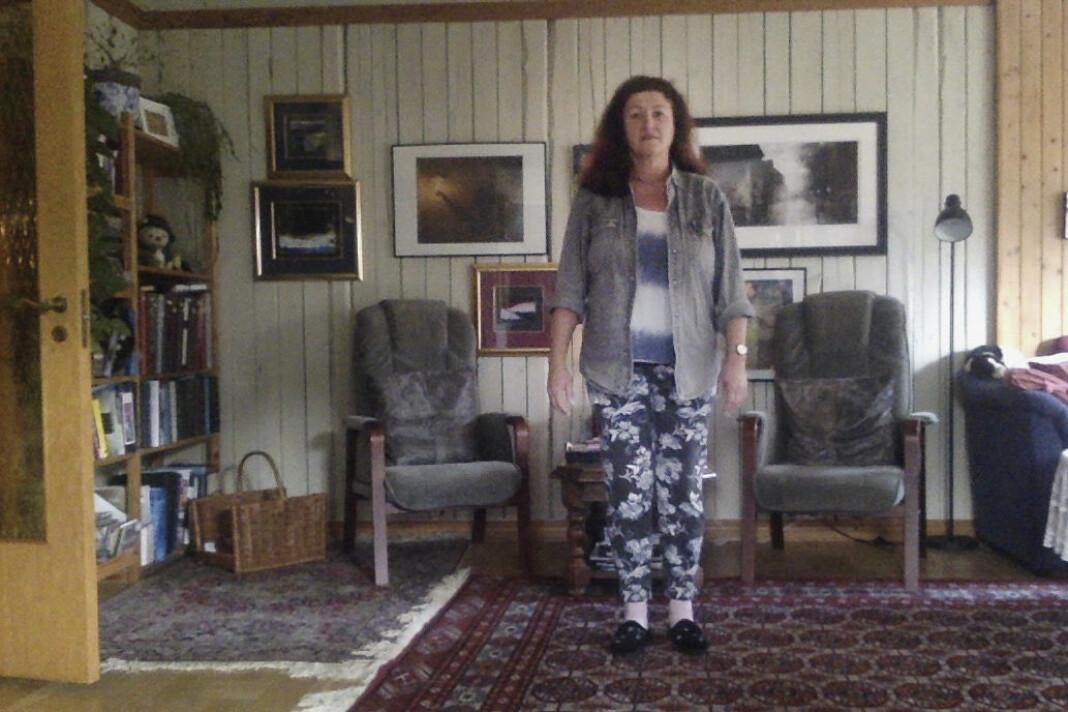 Anita Lillesæter (62). Pensjonert jordmor, Oslo. – Det er veldig uvant å bare være hjemme, og å ikke ha et sosialt liv, som jeg ellers har. Nå jobber jo ikke jeg lenger, men jeg blir kanskje beordret hvis dette blir verre.