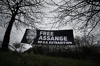 Julian Assange nektes løslatelse mot kausjon