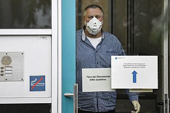 Nær halvparten av befolkningen har lest falske nyheter om koronaviruset