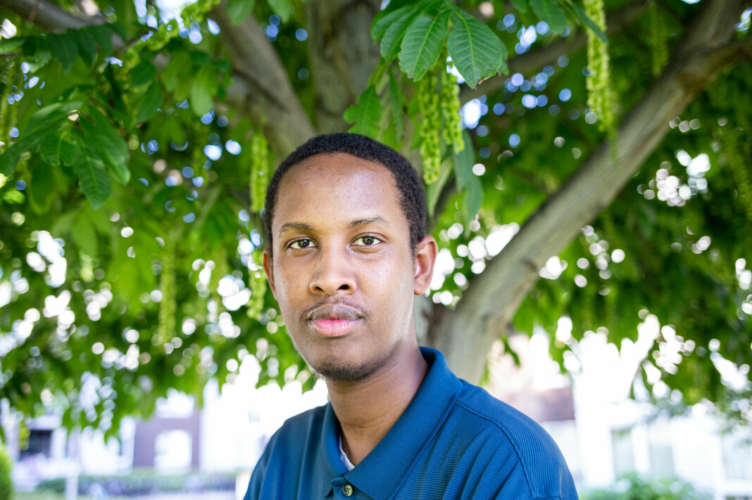 Abdirahman Hassan i NJ student håper årets sommervikarer får jobbe, selv om koronakrisa påvirker økonomien. Selv har han fått sommervikariat i VGs Breaking-avdeling.
