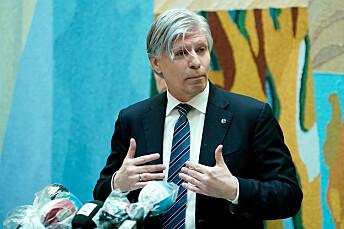 Det var Ola Elvestuen som meddelte at Stortinget har bedt regjeringa om en krisepakke for mediebransjen på pressekonferansen tirsdag.