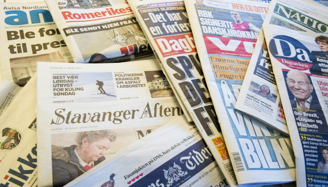 De fleste mediehus har så langt skjermet journalistene sine, men noen har også valgt å permittere redaksjonelle medarbeidere.