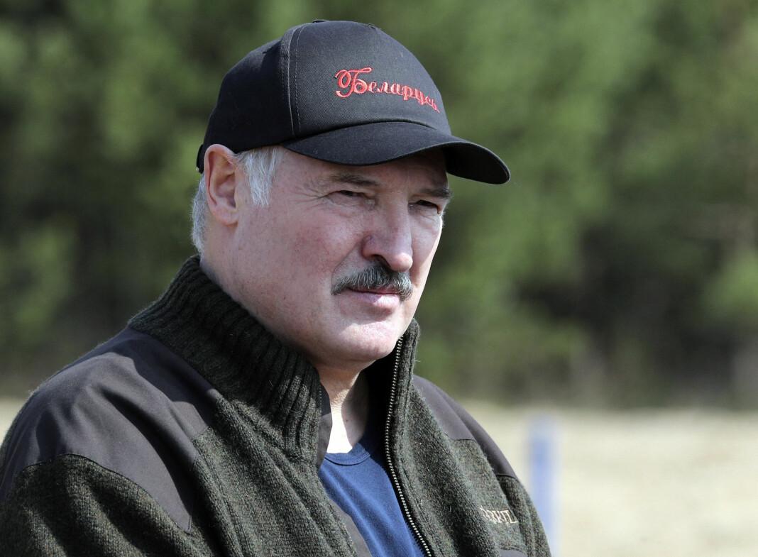 Hviterusslands president Aleksandr Lukasjenko har nektet å stenge ned landet og har omtalt bekymringer rundt smittespredningen som en «massepsykose».