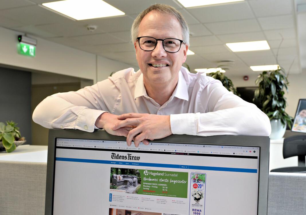 Lokalavisen for Kristiansund og Nordmøre kutter én papirutgave og satser hardere på nett. På bildet er ansvarlig redaktør Ole Knut Alnæs.