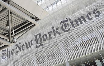 New York Times fyller forsiden med navn på 1.000 covid-19-døde