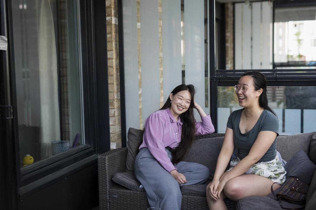 Maria Sung Ae Lervik og Xueqi Pang fikk kontakt via Facebook, og ble enige om å starte «Nettverk for øst-asiater i mediebransjen». De ønsker at flere minoriteter får plass i mediene.