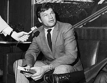 Baseball-spiller Jim Bouton gikk fra å være idrettsutøver til å bli sportsjournalist og forfatter.