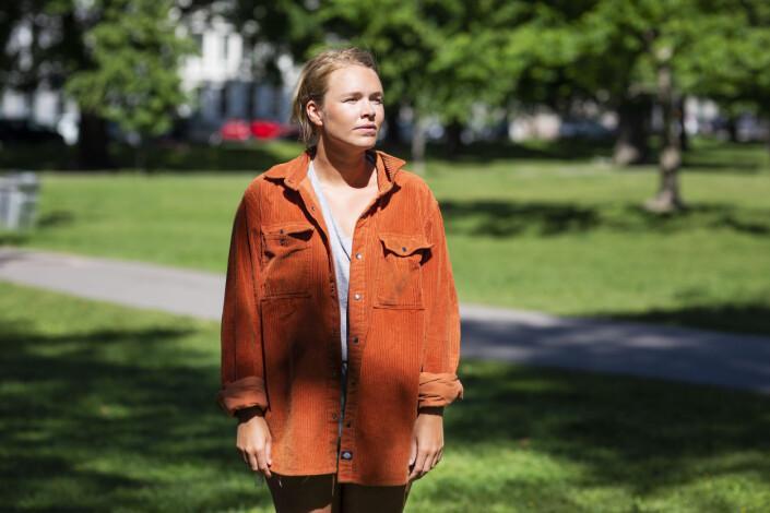 Vida Lill fikk tolv midlertidige NRK-kontrakter på tre år. Så var det ut