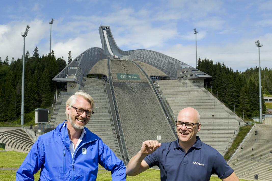 Olav T Sandnes, konsernsjef og sjefredaktør for TV 2, og Thor Gjermund Eriksen, kringkastingssjef i NRK, presenterte onsdag et samarbeid om tv-rettighetene for skisport.