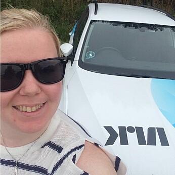 – Jeg har et elsk/hat-forhold til NRK, sier Malin Sveinsdotter Lystad. Her fra hennes tid som reporter i NRK-Trøndelag.