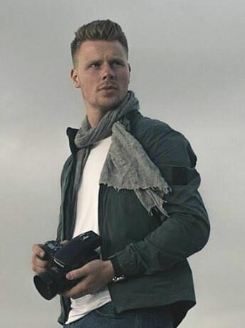 Didrik Linnerud Arnesen har lånt kamera i sommer, mens han jobber i DN, men bruker ellers eget utstyr.