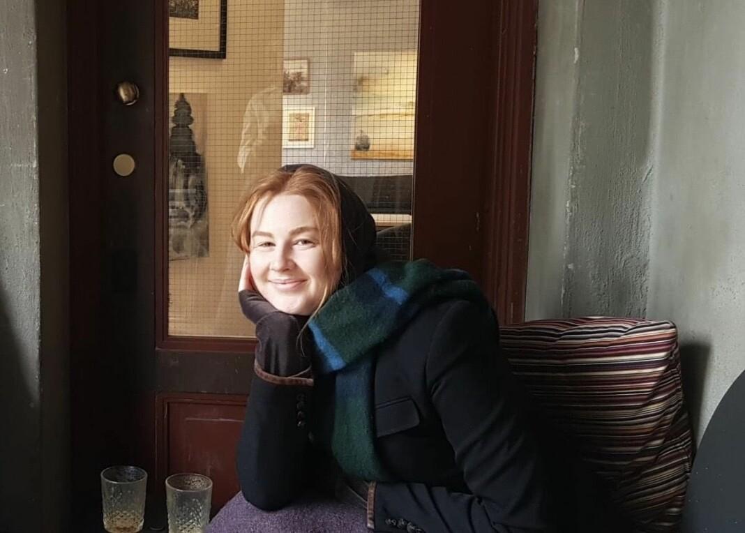 Regine Stokstad i D2 har en stjernespekket kontaktliste, og nevner dessuten det at hun er tillitvekkende som en god egenskap å ha som journalist.