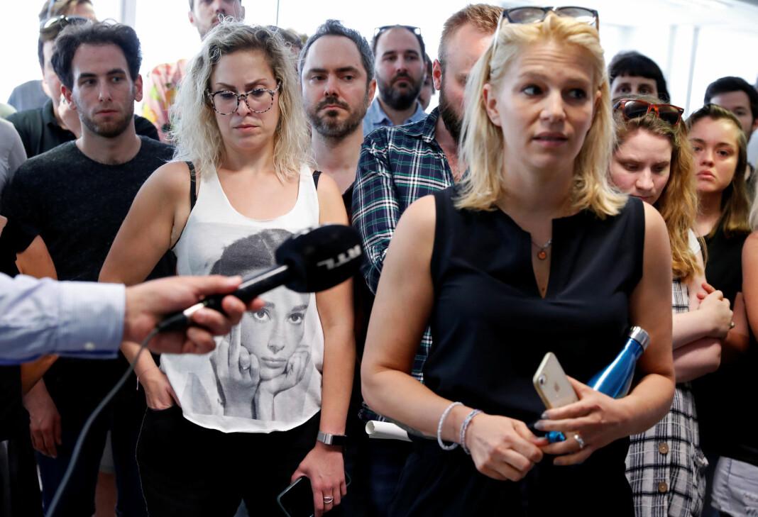 Konstituert sjefredaktør Veronika Munk snakker og ansatte i Ungarns største, selvstendige nyhetsnettsted «Index» etter at de sa opp i protest da sjefredaktøren fikk sparken.